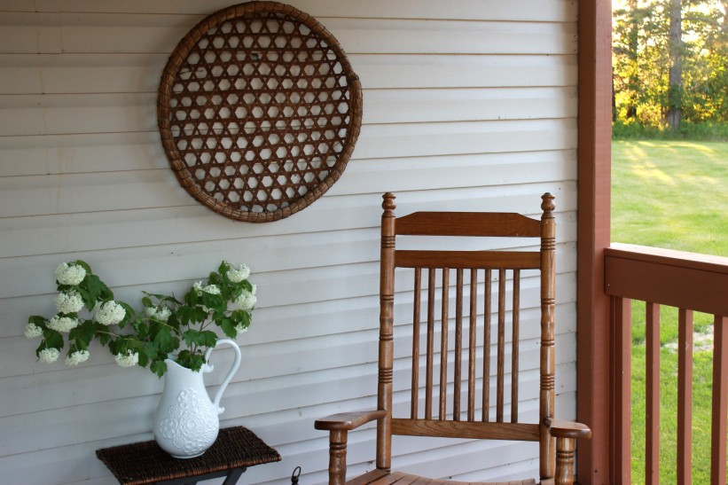 peaceful porch / rejoicing hills